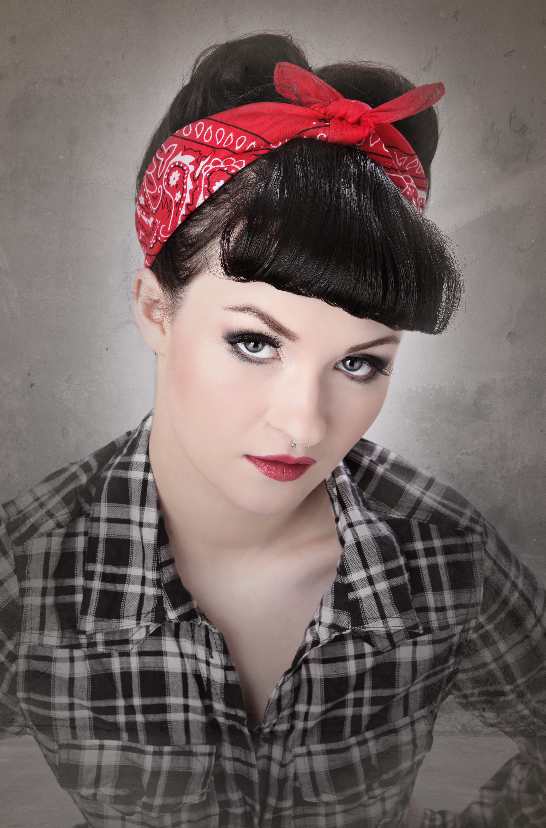 Rosie The Riveter Hair Style The Vintage Vault
